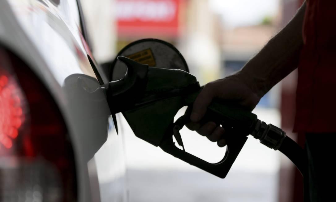 Fuel prices spurred Bolsonaro's intervention in Petrobras Photo: Custódio Coimbra / Agência O Globo