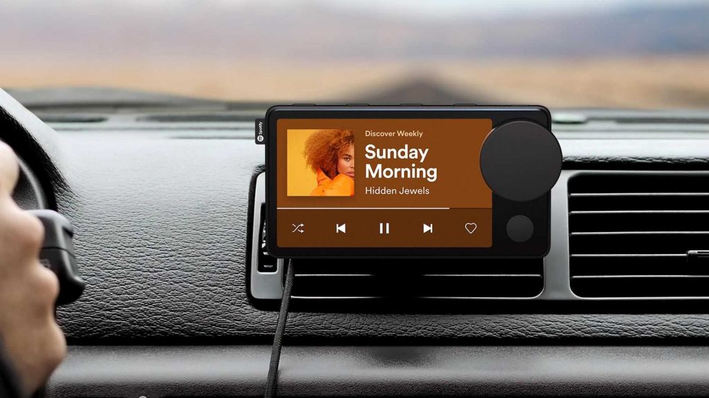 https://cdn.motor1.com/images/mgl/Zowne/s6/spotify-car-thing.jpg
