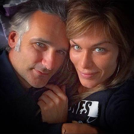Ludmila Thayer and her husband (Photo: Reproduction / Instagram)
