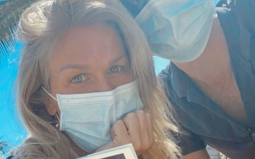 Ludmila Dyer and her husband are vaccinated against Govt-19 in the United States - who