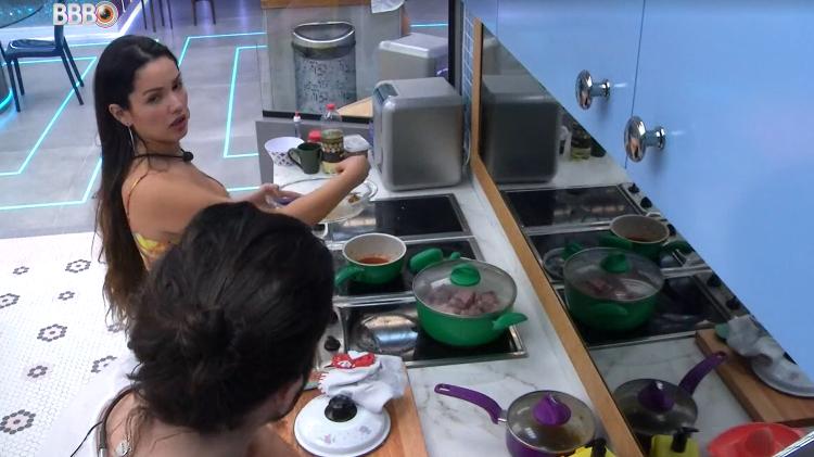 BBB 21: Juliet and Phuk Griban in Xepa's Kitchen - clone / Globoplay - clone / Globoplay