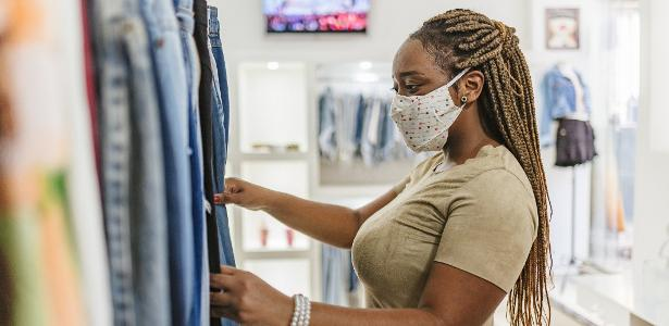 40% of Brazilians have bought less clothes and shoes in light of the pandemic