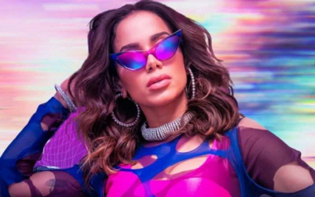 "Anita wins ""Best Female Artist"" at the Latin American Music - Entertainment Awards"