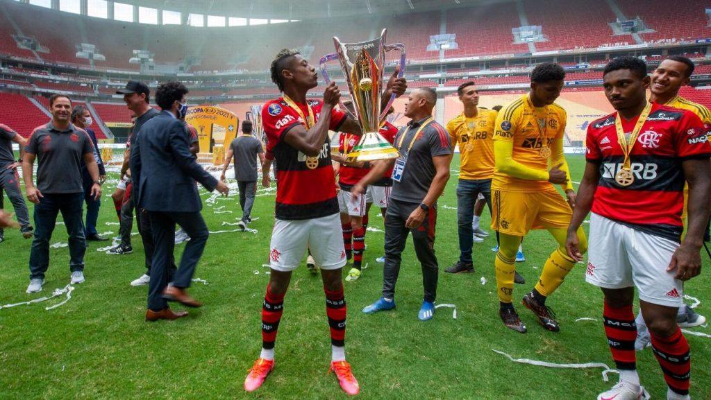 Bombo!  Bruno Henrique's outbreak, Ronaldo stories of a 'phenomenon' and Flamengo's top 5 competitors