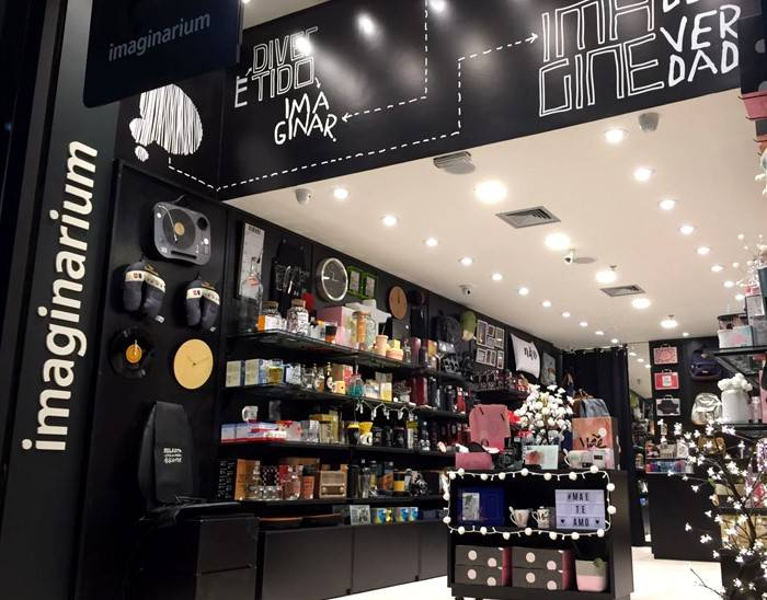 Lojas Americanas buys the owner of the Imaginarium and Puket