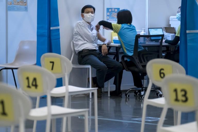 Hong Kong pode jogar no lixo milhões de doses de vacinas anticovid