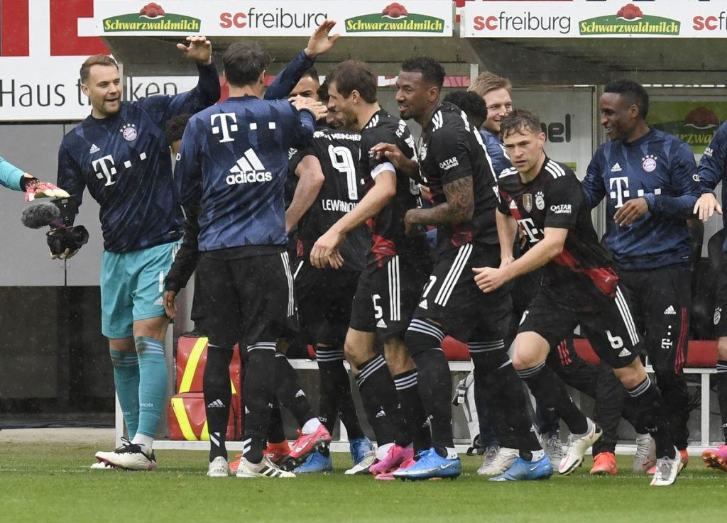 Lewandowski scores Gerd Muller's 40th goal in the German Championship    German football