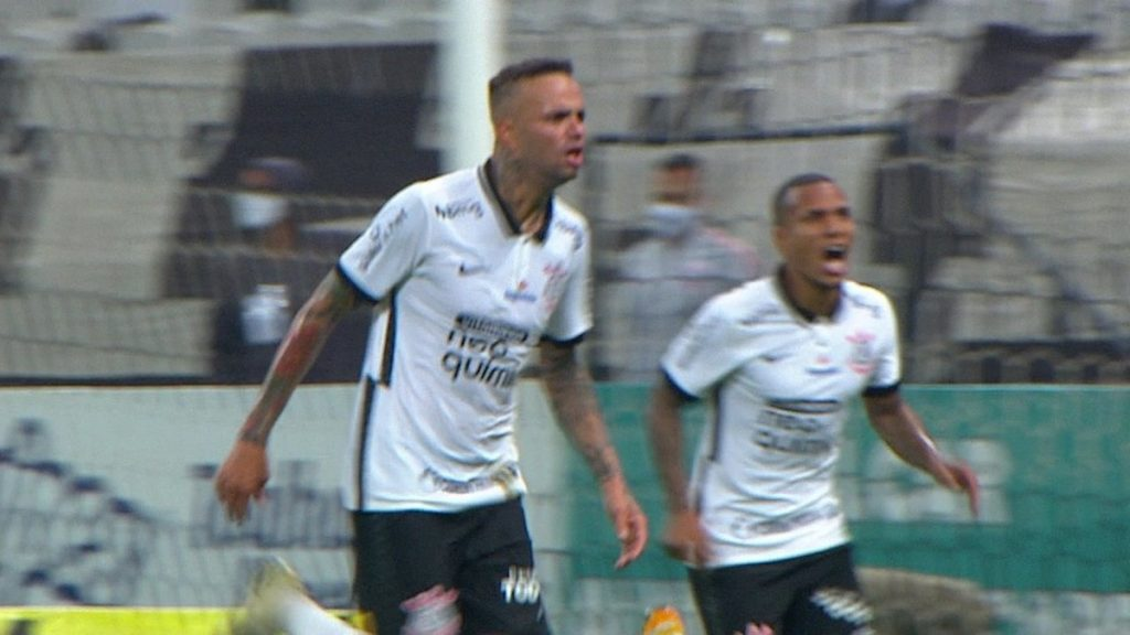 """Luoan scores the first goal in a classic Corinthians match, finishes quickly, praising: """"Playing with the Soul"""" 