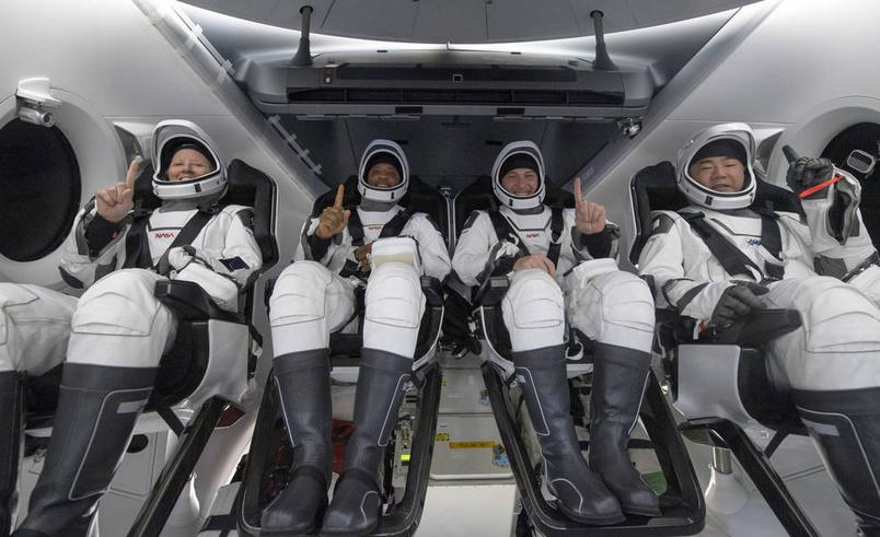 NASA astronauts return to Earth