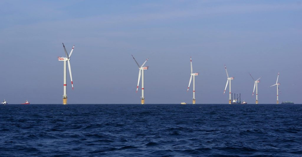 The United States has approved the country's first large wind farm