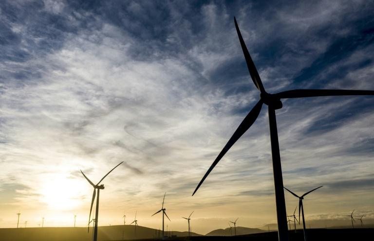 Chile acorda acelerar produção de hidrogênio verde com Austrália, Reino Unido e UE
