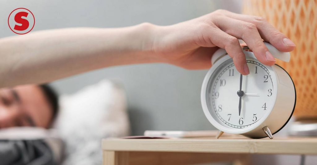 A study suggests that getting up an hour before bed can reduce the risk of depression by 23%.