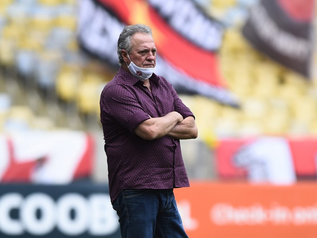 Abel Braga had advanced talks and directions to Lugano, from Switzerland |  football