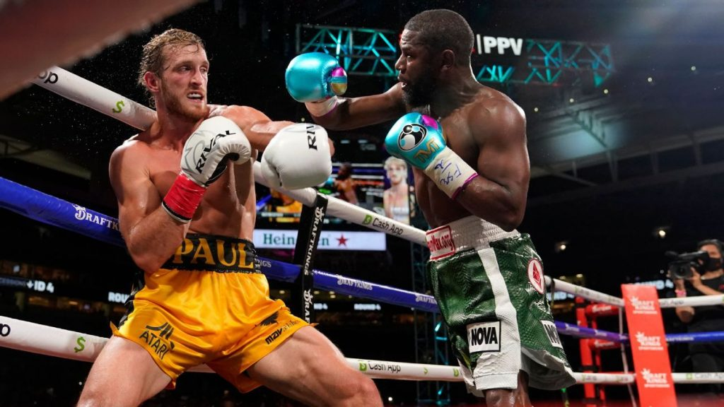 YouTuber Logan Paul 'holds' eight rounds of Floyd Mayweather dominance on Boxing Fans' much-anticipated night