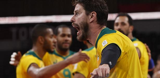 Brazil defeated the United States in a men's volleyball match