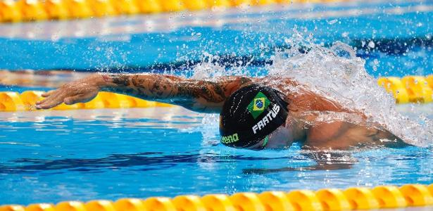 Bruno Fratos qualifies for the 50m freestyle final