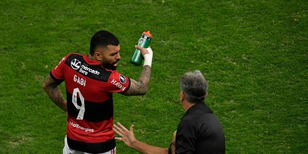 """""""This team complained a lot to the board of directors"""";  From Gabigol to Belo Horizonte: Journalist exposes behind the scenes in Florida"""