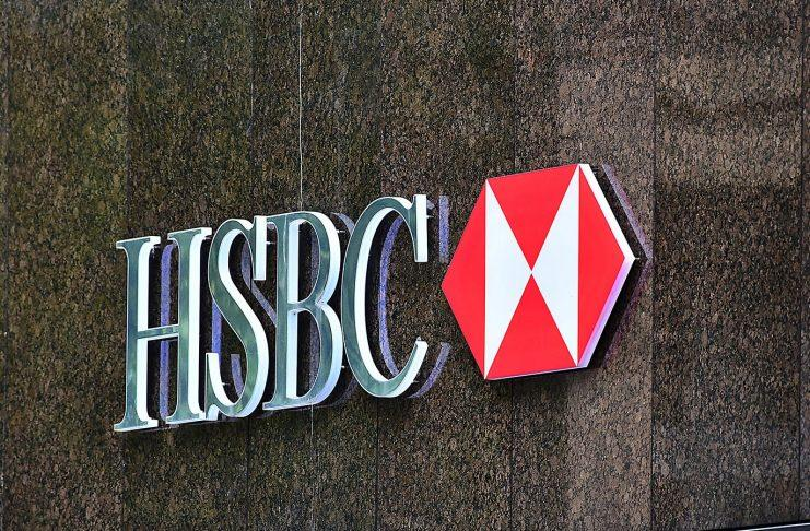 HSBC blocks accounting payments in the UK