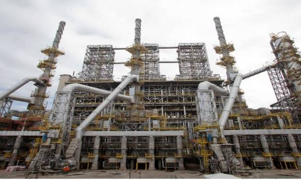 RNEST has the capacity to process 230,000 barrels of oil per day.  This unit produces petroleum products such as naphtha, diesel and liquefied petroleum gas (LPG) Photo: Breeding / Petroprob website