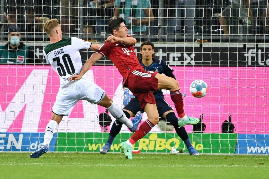 Bayern Munich tied with Borussia Monchengladbach in the opening of the Bundesliga    German football