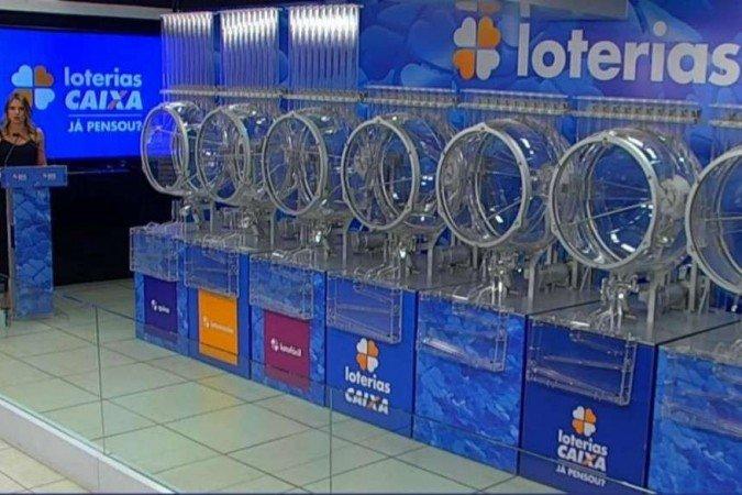 The Caixa lottery draws three lotteries on Friday (13/8)