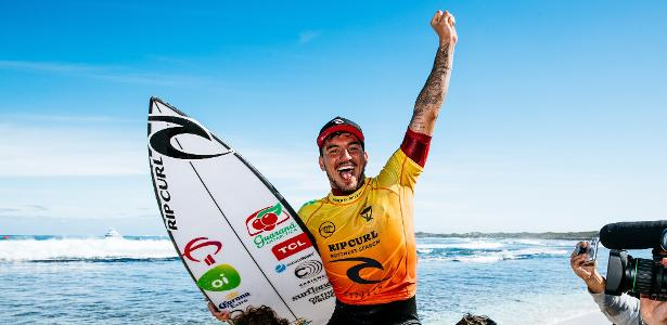 Gabriel Medina is only two rounds away from being a three-time world champion
