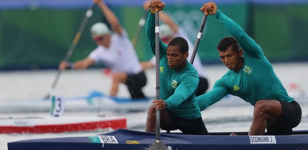 Isaquias Queiroz and Godmann in the rowing semi-finals