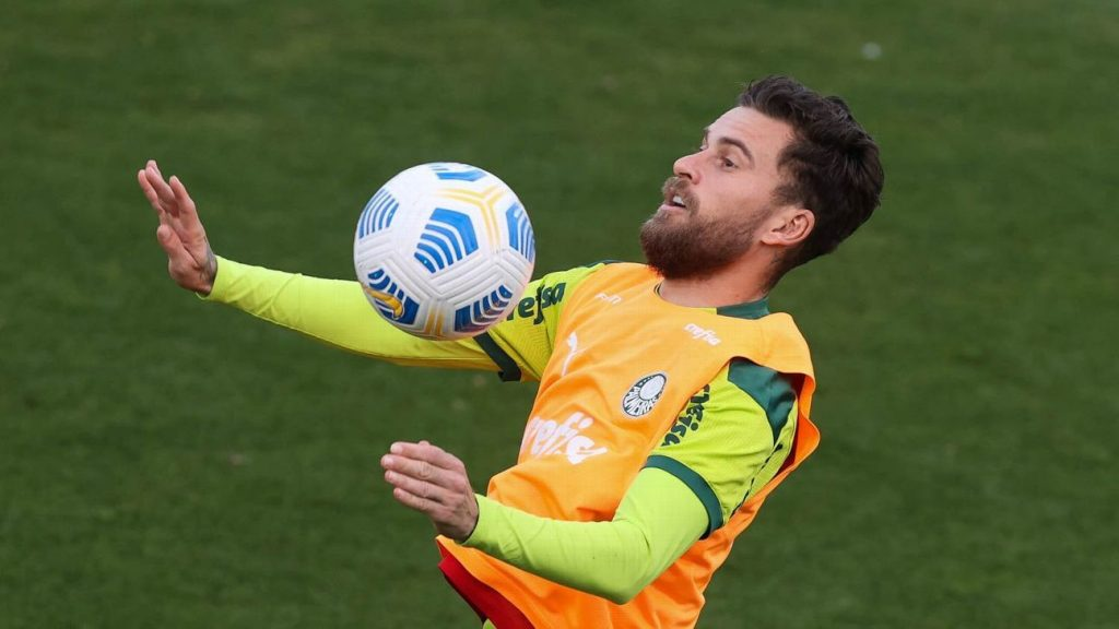 Palmeiras and Santos are on loan from Lucas Lima, the other half could return to Villa Belmiro