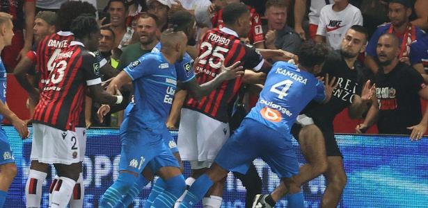 The spread of fighting between fans and players generates reactions from the French League - 23/08/2021