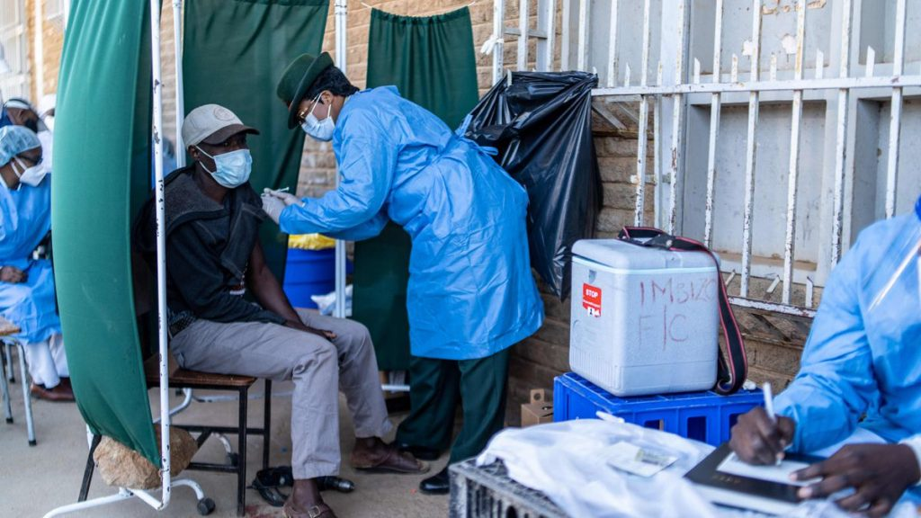 WHO urges global moratorium on third dose of COVID-19 vaccines |  international