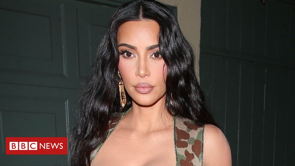 Kim Kardashian promotes cryptocurrency and enters the UK