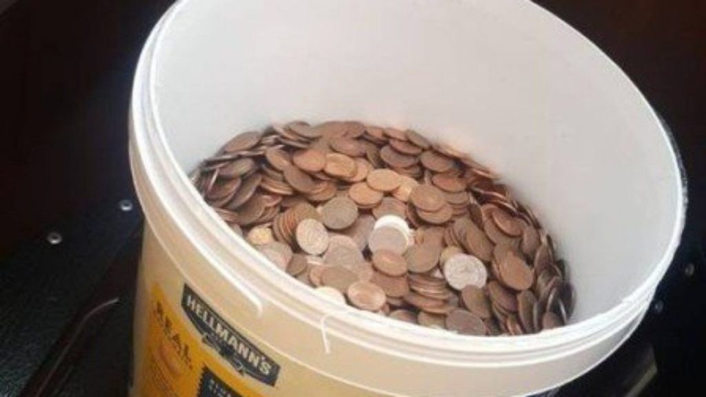 A man quits his job and gets thousands of coins in a bucket of mayonnaise    Unusual world