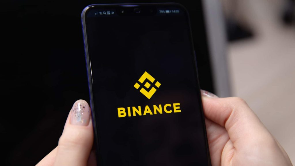 Binance sets withdrawal deadline and responds quickly to new alerts