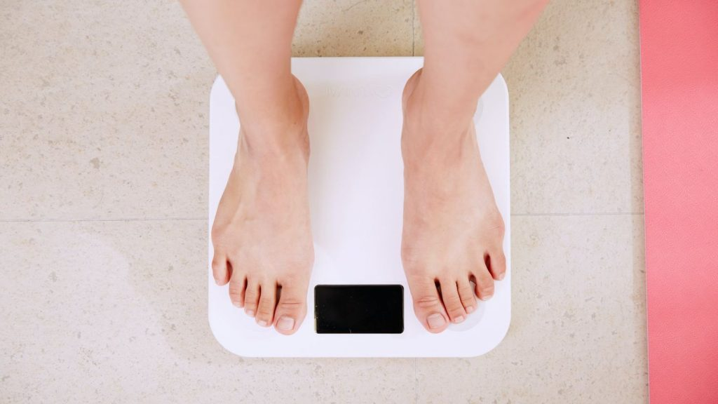 How to track and monitor your weight in the iPhone Health app