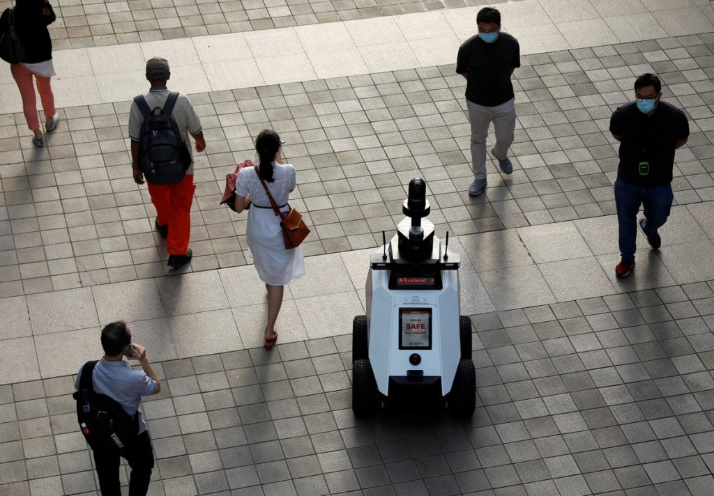 Singapore tests 'Xavier' bot that detects misbehavior of residents    Globalism