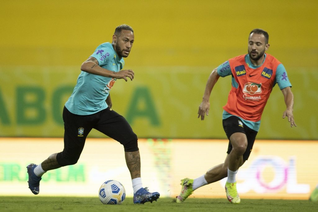 """The Brazilian Football Confederation is anticipating a special request from """"English"""", and Tite has 35 players on the list;  Flemish four    Brazilian national team"""