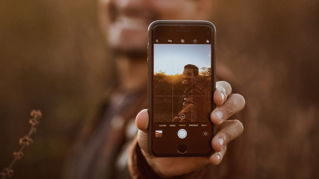 How to Record Stories with Blurred Background on iPhone