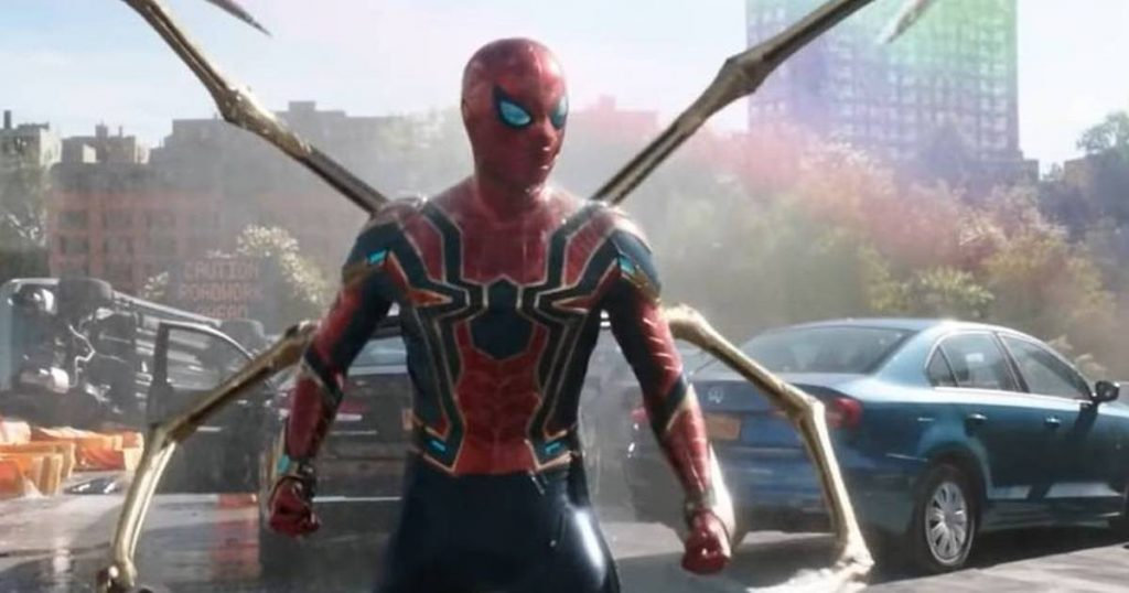 Tom Holland tells us what it was like with Alfred Molina in Spider-Man 3